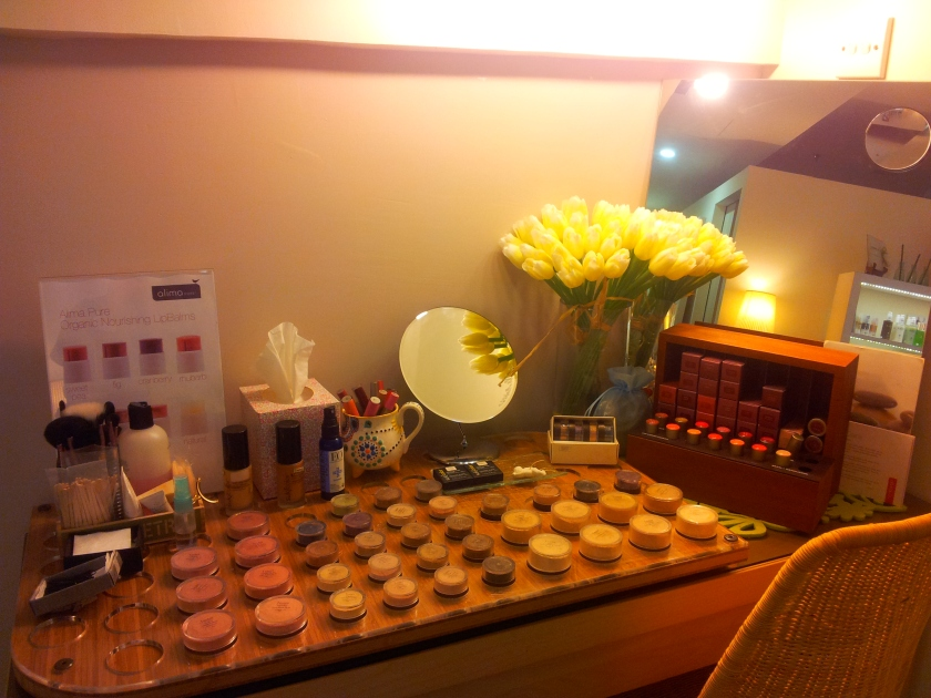 SGVegan_Pure Tincture Makeup play area